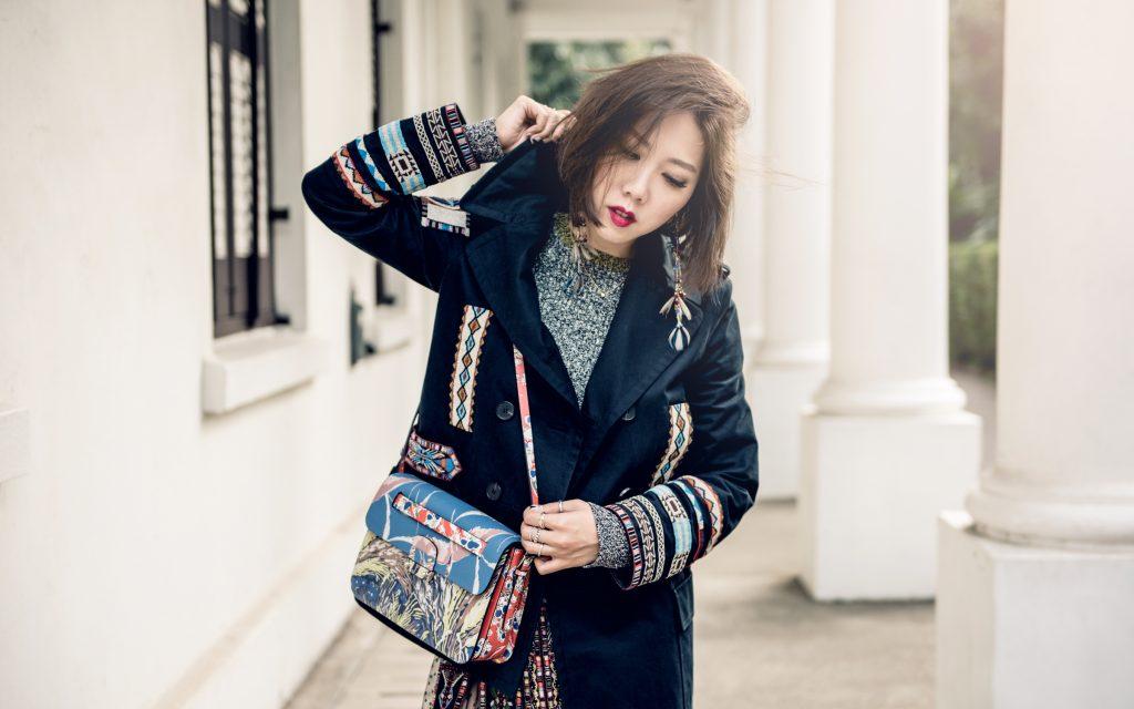 outfit post Faye Tsui Valentino 04